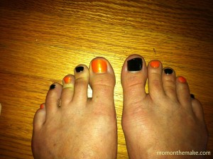 halloween pedicure