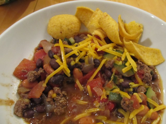 chili with corn chips